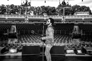 Lenny Kravitz sound check in Toronto. Photo by Mathiew Bitton